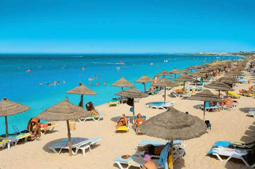 в 2018 году тунис принял рекордные 8 миллионов туристов